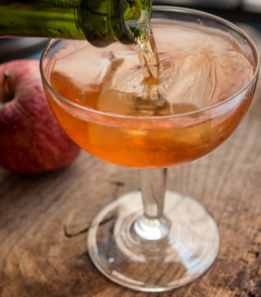 apple pear cocktail picture